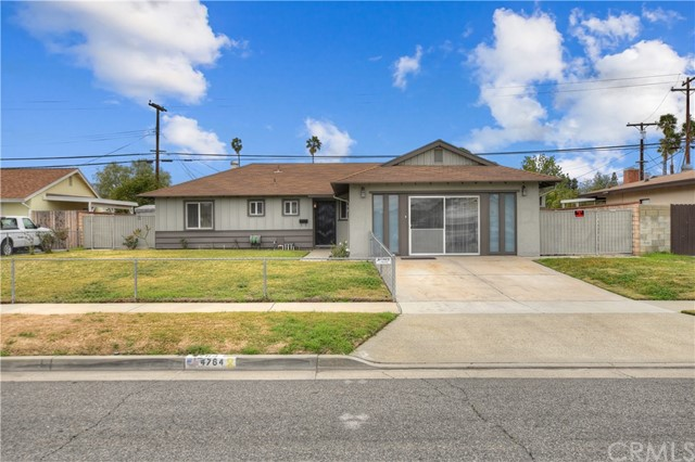 Detail Gallery Image 1 of 28 For 4764 Dundee Rd, Riverside, CA, 92503 - 3 Beds | 2 Baths