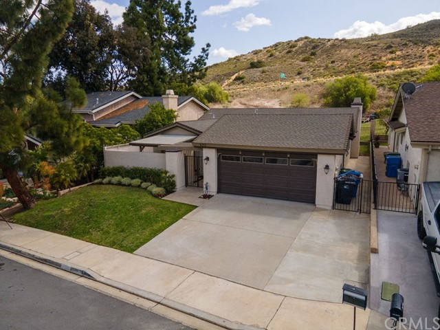 Detail Gallery Image 1 of 46 For 4212 Minnecota Dr, Thousand Oaks,  CA 91360 - 3 Beds | 2 Baths