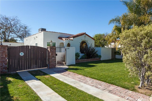Single Family Home for Sale at 235 Broadway St Costa Mesa, California 92627 United States