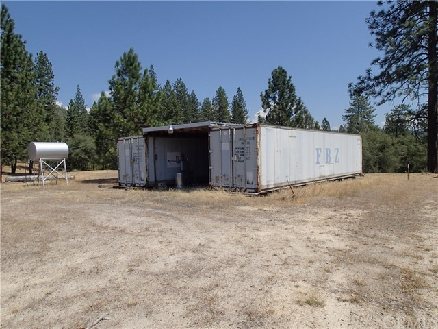 69 Gunderson Road, Oroville CA: http://media.crmls.org/medias/0d793f19-dc1a-456b-82cb-6e060d7d7ecf.jpg