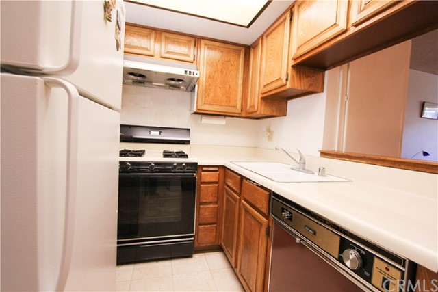 592 Diamond Court Upland, CA 91786 - MLS #: CV17162411