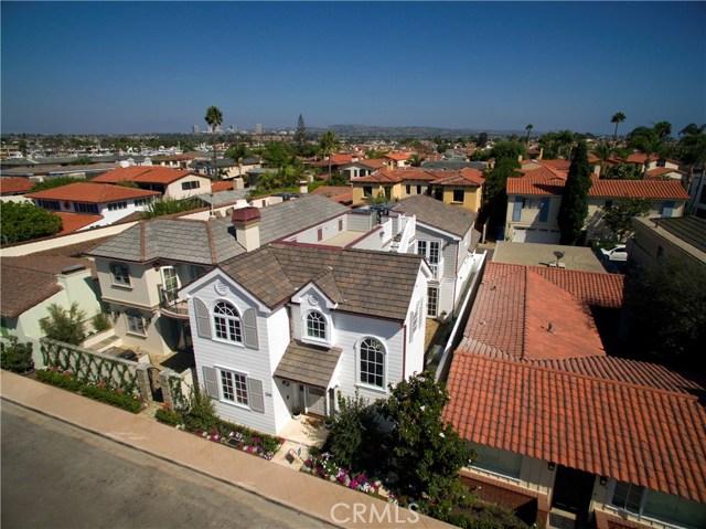 Single Family Home for Sale at 208 Via Orvieto Newport Beach, California 92663 United States