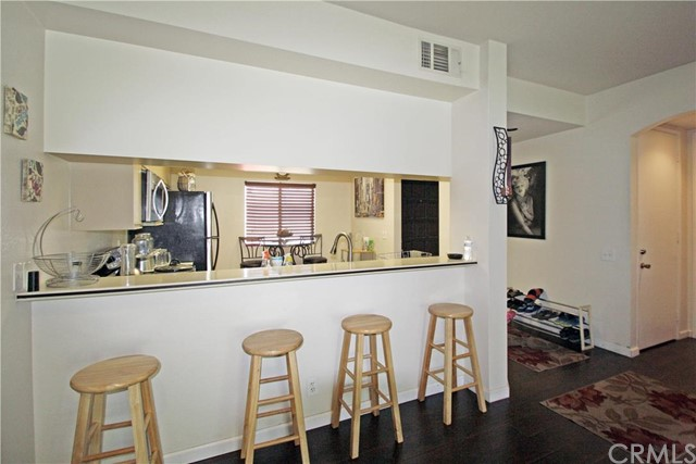 67060 W Chimayo Drive 105 Cathedral City, CA 92234 is listed for sale as MLS Listing CV16170828