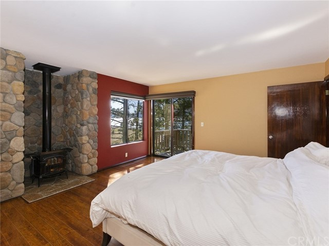 128 Round Drive Big Bear, CA 92315 - MLS #: EV18098695