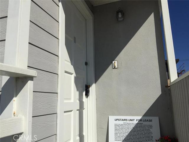 16701 BAYVIEW Drive Unit B Huntington Beach, CA 92649 - MLS #: PW18100695