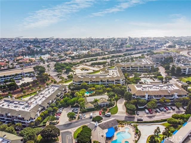 280 Cagney Lane, Newport Beach CA: http://media.crmls.org/medias/0d9bcbeb-5c5c-4efd-8a1c-a9993f6fdbfa.jpg