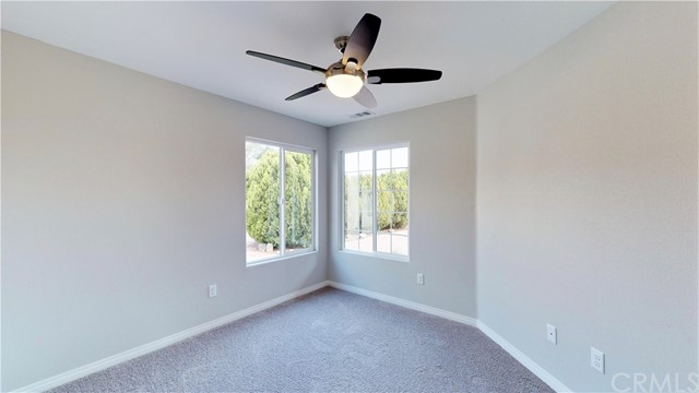 13901 Driftwood Drive, Victorville CA: http://media.crmls.org/medias/0d9ecabd-be2e-428c-a06a-a6fa04b4389f.jpg