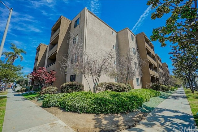 Photo of 1450 Locust Avenue #302, Long Beach, CA 90813