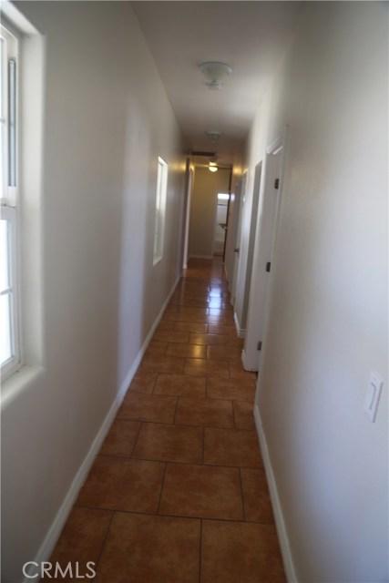 14794 Columbine Street, Victorville CA: http://media.crmls.org/medias/0daed01b-910e-42ed-b83b-a70e3f435bae.jpg