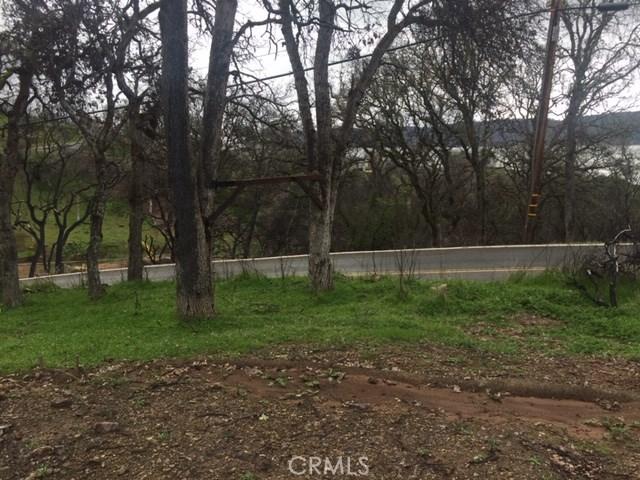 3178 Oak Crest Drive, Clearlake CA: http://media.crmls.org/medias/0daf569e-ce38-430a-a1c0-213fe2aa2c41.jpg
