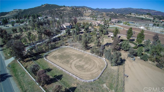 19260 Vista De Montanas Murrieta, CA 92562 - MLS #: SW18023404