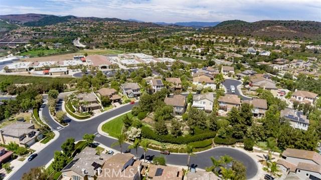207 Via Malaga, San Clemente CA: http://media.crmls.org/medias/0db7bf77-0176-48ab-9a02-f0e9a6276bb5.jpg