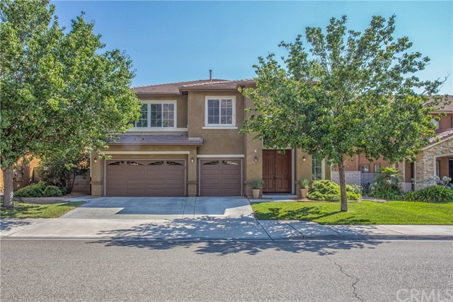 Photo of 29197 Clear Spring Lane, Highland, CA 92346