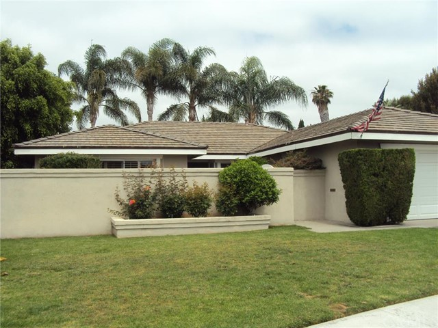 Single Family Home for Rent at 17905 Los Tiempos St Fountain Valley, California 92708 United States
