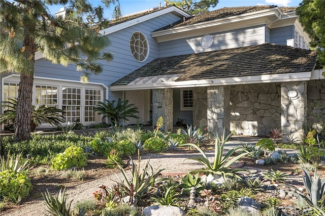 Single Family Home for Sale at 1 Belcourt Drive Newport Beach, California 92660 United States