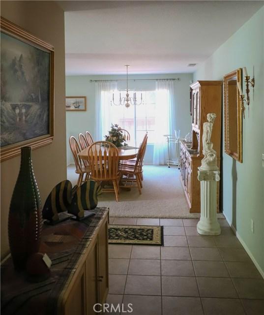2563 Gilbert Avenue, Corona CA: http://media.crmls.org/medias/0dbfb3d8-e478-44d6-8073-23c0bfd03d46.jpg