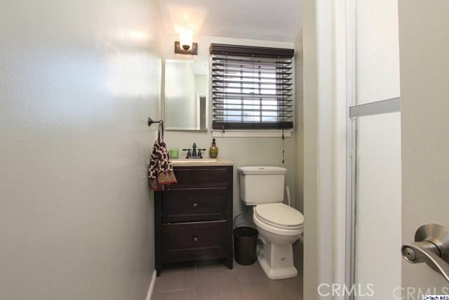 16816 San Jose Street, Granada Hills CA: http://media.crmls.org/medias/0dc06d7e-5ef2-475a-bf2b-9eb0ae38daa4.jpg
