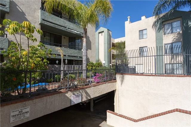 1237 E 6th St, Long Beach, CA 90802 Photo 33