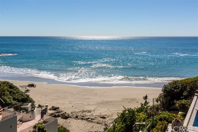 Single Family Home for Sale at 1019 Marine Drive Laguna Beach, California 92651 United States