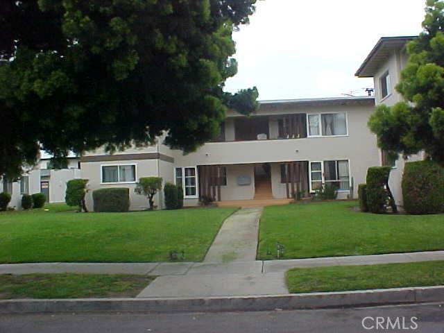 Condominium for Sale at 5719 Clemson Street Los Angeles, California 90016 United States