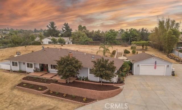 1193 Via Encinos Drive, Fallbrook, CA 92028