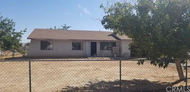 21903 Esaws Road Apple Valley CA 92307