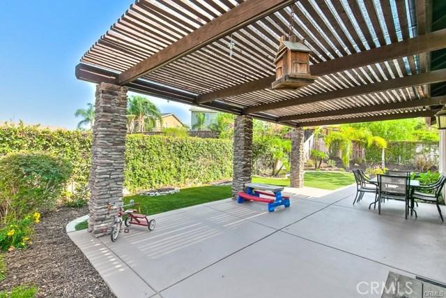 11199 Tesota Loop Street, Corona CA: http://media.crmls.org/medias/0e011ea6-7cc6-4313-b649-146ec77ff04e.jpg