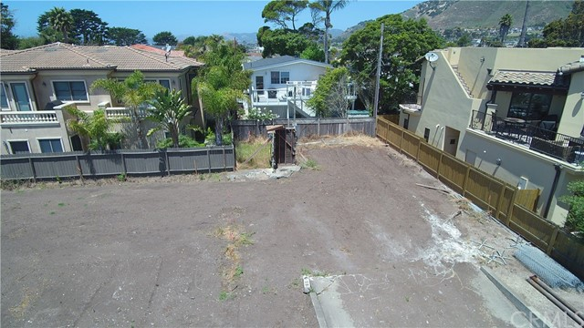 380 PLACENTIA AVENUE, PISMO BEACH, CA 93449  Photo