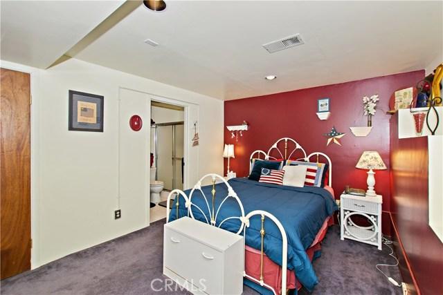 26676 Thunderbird Drive Lake Arrowhead, CA 92352 - MLS #: EV18069356