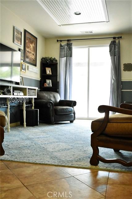 14311 Wisman Drive, Eastvale CA: http://media.crmls.org/medias/0e260111-6d8d-465d-86a6-9d9bf2a26baf.jpg