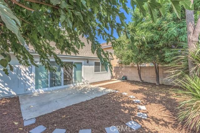 10756 La Batista Avenue, Fountain Valley CA: http://media.crmls.org/medias/0e2604e1-cbbc-4b2b-8531-0f10c28bc59f.jpg