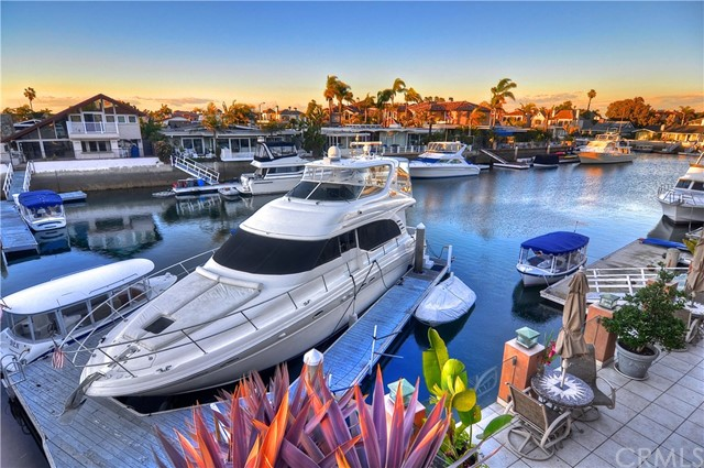 3251  Falkland Circle, Huntington Harbor, California