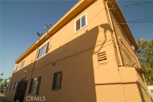 5406 Blackwelder Street, Los Angeles CA: http://media.crmls.org/medias/0e3051ee-af46-4218-8955-da06d385f918.jpg
