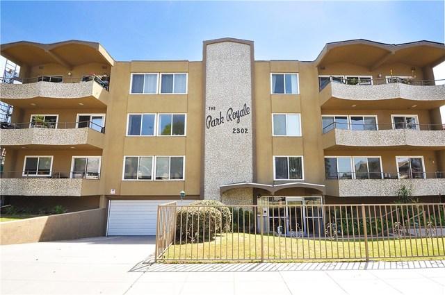 2302 2nd Street, Long Beach, California 90803, 2 Bedrooms Bedrooms, ,1 BathroomBathrooms,Condominium,For Sale,2nd,PV19099565