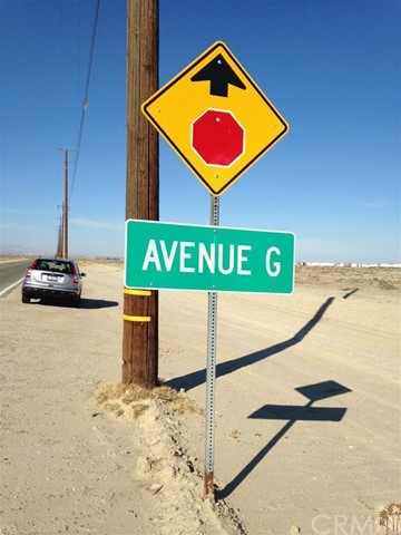 Between West G Ave 10 Th St, Lancaster, CA, 93534