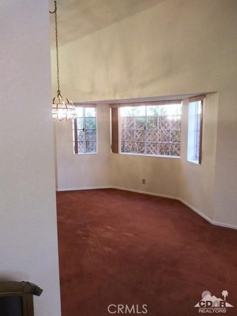 9351 Brookline Avenue, Desert Hot Springs CA: http://media.crmls.org/medias/0e5bc314-d8d1-4cbf-b076-2c059dd1639e.jpg