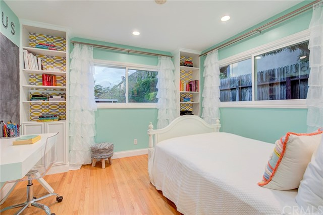 811 1st St, Manhattan Beach, CA 90266 photo 17