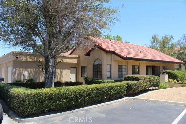 11591 Ash Street, Apple Valley CA: http://media.crmls.org/medias/0e6b00f0-ee2d-45a0-89bc-a9e015d3580f.jpg