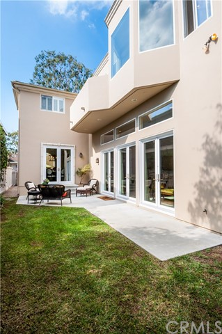Additional photo for property listing at 3304 Poinsettia Avenue  Manhattan Beach, Califórnia,90266 Estados Unidos