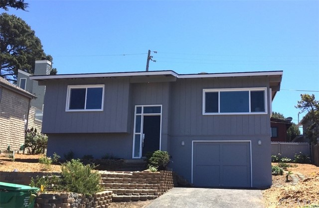 474 Norfolk Street, Cambria, CA 93428