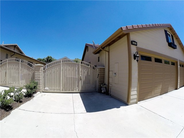 42431 CHISOLM TRAIL Murrieta, CA 92562 - MLS #: SW17181001