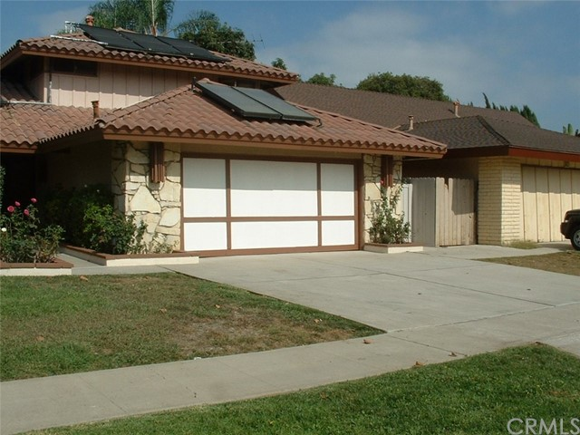 Single Family Home for Rent at 3109 Rene Drive S Santa Ana, California 92704 United States