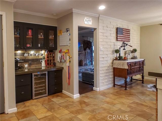501 Discovery Street, Yreka CA: http://media.crmls.org/medias/0e7865d8-11d9-42b0-ba53-934022f7ace3.jpg