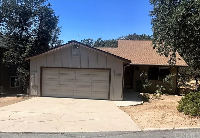 Photo of home for sale at 2303 Ridge Rider Road, Bradley CA