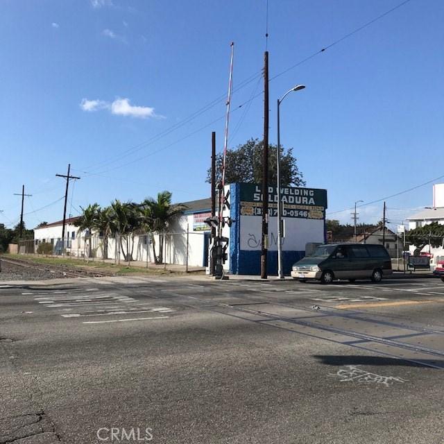 5815 S Normandie Av, Los Angeles, CA 90044 Photo 2