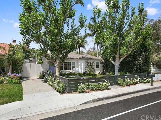 Single Family Home for Sale at 219 Broadway Costa Mesa, California 92627 United States