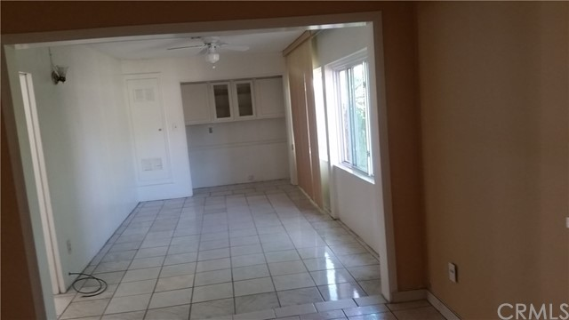 700 E Taft Avenue, Orange CA: http://media.crmls.org/medias/0e85a9c2-a515-4d62-ad09-f8e705e9d175.jpg