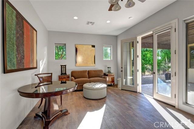 15 Villaggio Place, Rancho Mirage CA: http://media.crmls.org/medias/0e85acec-0fb3-40fc-aa4d-d572c9bfea42.jpg