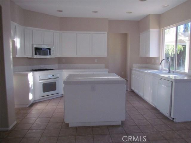 42205 57th W Street, Quartz Hill CA: http://media.crmls.org/medias/0e9ed031-0c17-45f2-9be2-5b5d6fbfe2f7.jpg