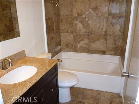 1190 S Thomas Street, Los Angeles, California 91766, 2 Bedrooms Bedrooms, ,1 BathroomBathrooms,Duplex,For sale,Thomas,CV20246966